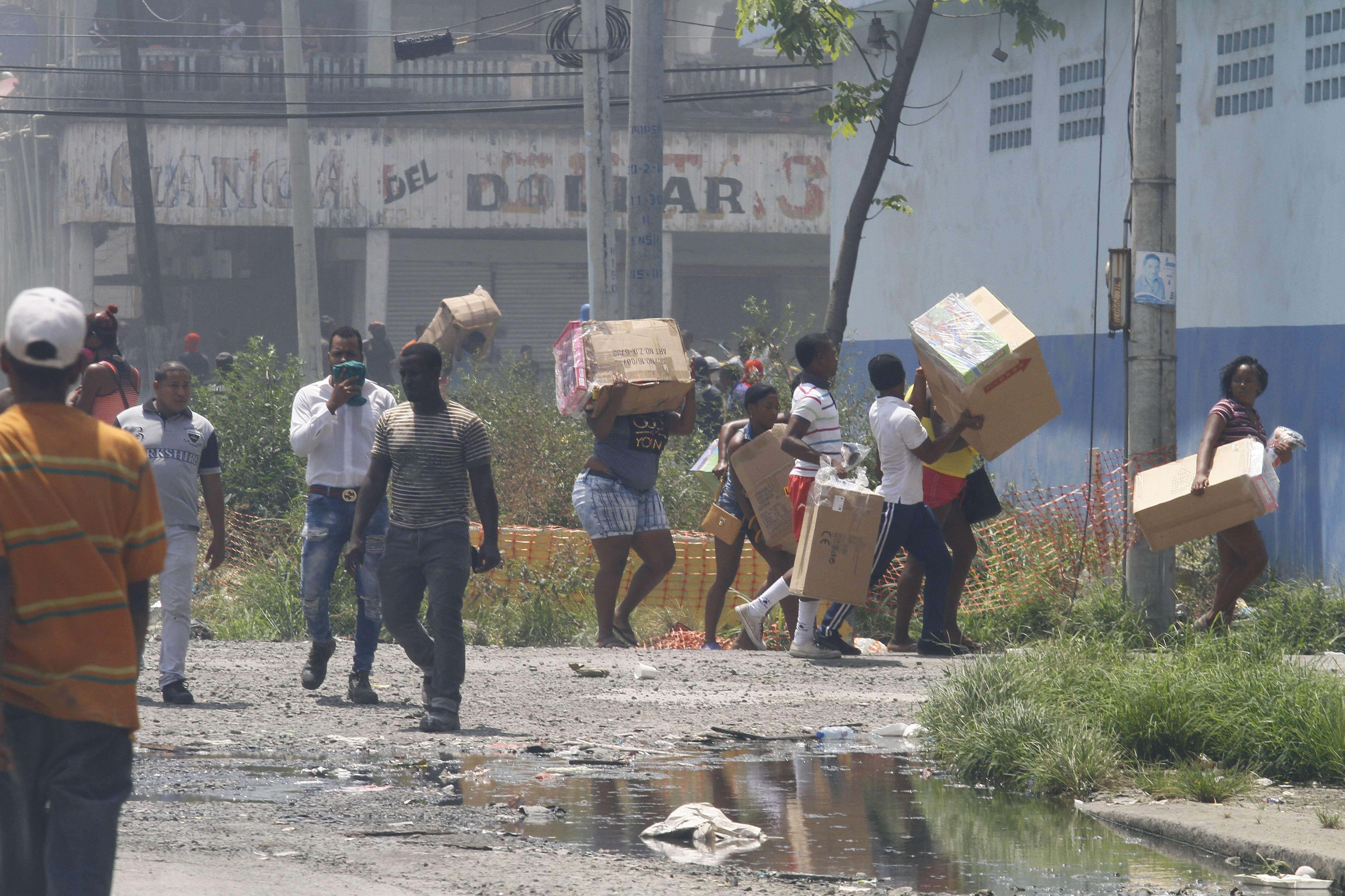 La huelga en Colón provocó pérdidas materiales y heridos. Foto: Edwards Santos