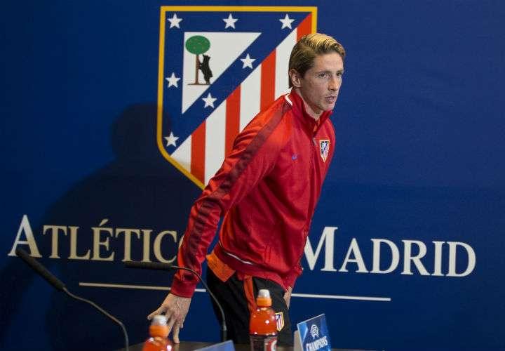 El delantero Fernando Torres reveló hoy que terminará su etapa con el Atlético de Madrid a final de temporada. Foto AP