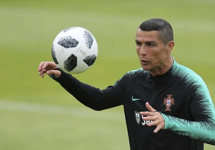 Cristiano Ronaldo en los entrenamientos de la Selección de Portugal.