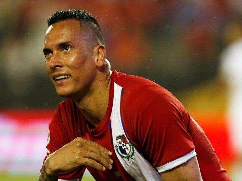 Blas Pérez llega a Rusia como uno de los goleadores históricos de Panamá. Foto EFE