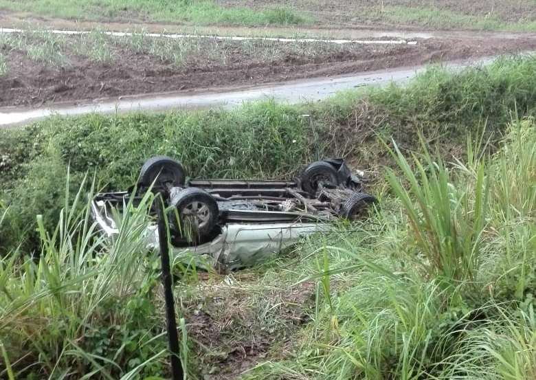 Vista general de cómo quedó el vehículo tras accidente en Natá.  /  Foto: Elena Valdez