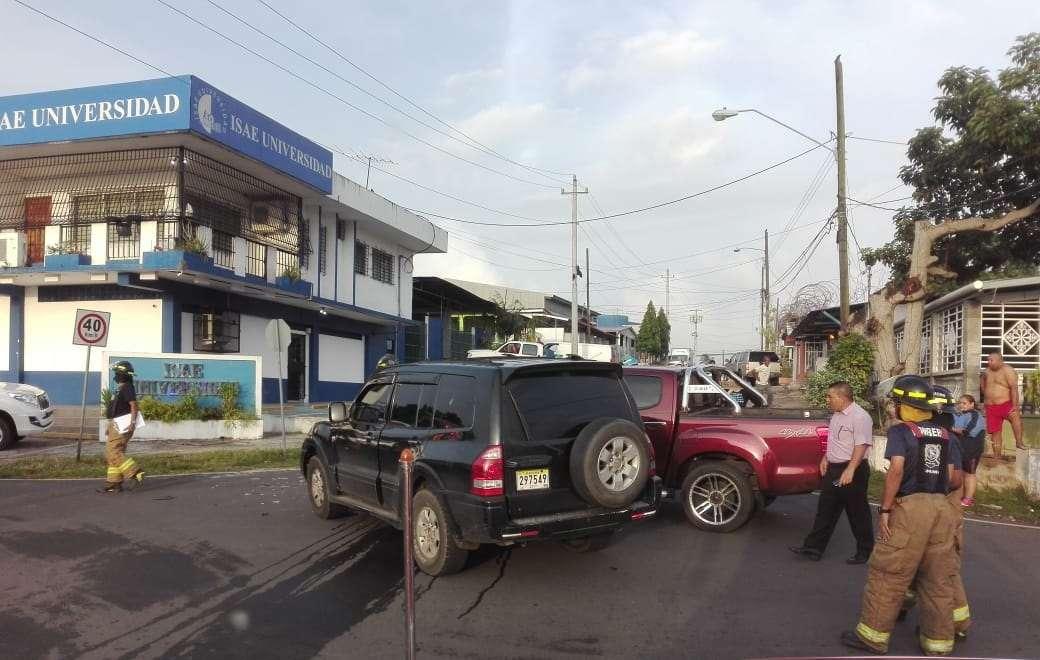 Las autoridades de la Dirección de Operaciones del Tránsito de la Policía Nacional (PN), insistió a los conductores respetar los límites de velocidad y la cortesía en el manejo. Foto: Eric Montenegro