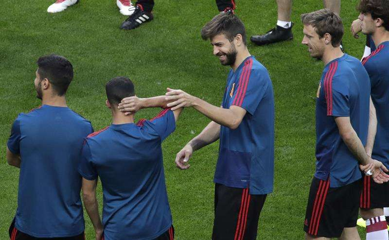 Gerard Piqué se convertirá ante Irán en el decimotercer jugador de la historia de la selección española que alcanza cien partidos. Foto EFE