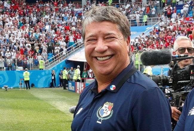 El técnico de la selección panameña de fútbol Hernán Gómez. Foto:EFE