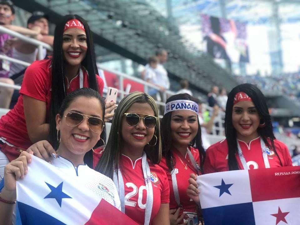 Las esposas de varios jugadores de Panamá.