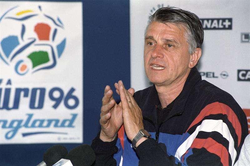 Aimé Jacquet fue elegido el mejor entrenador francés del siglo XX. Foto EFE
