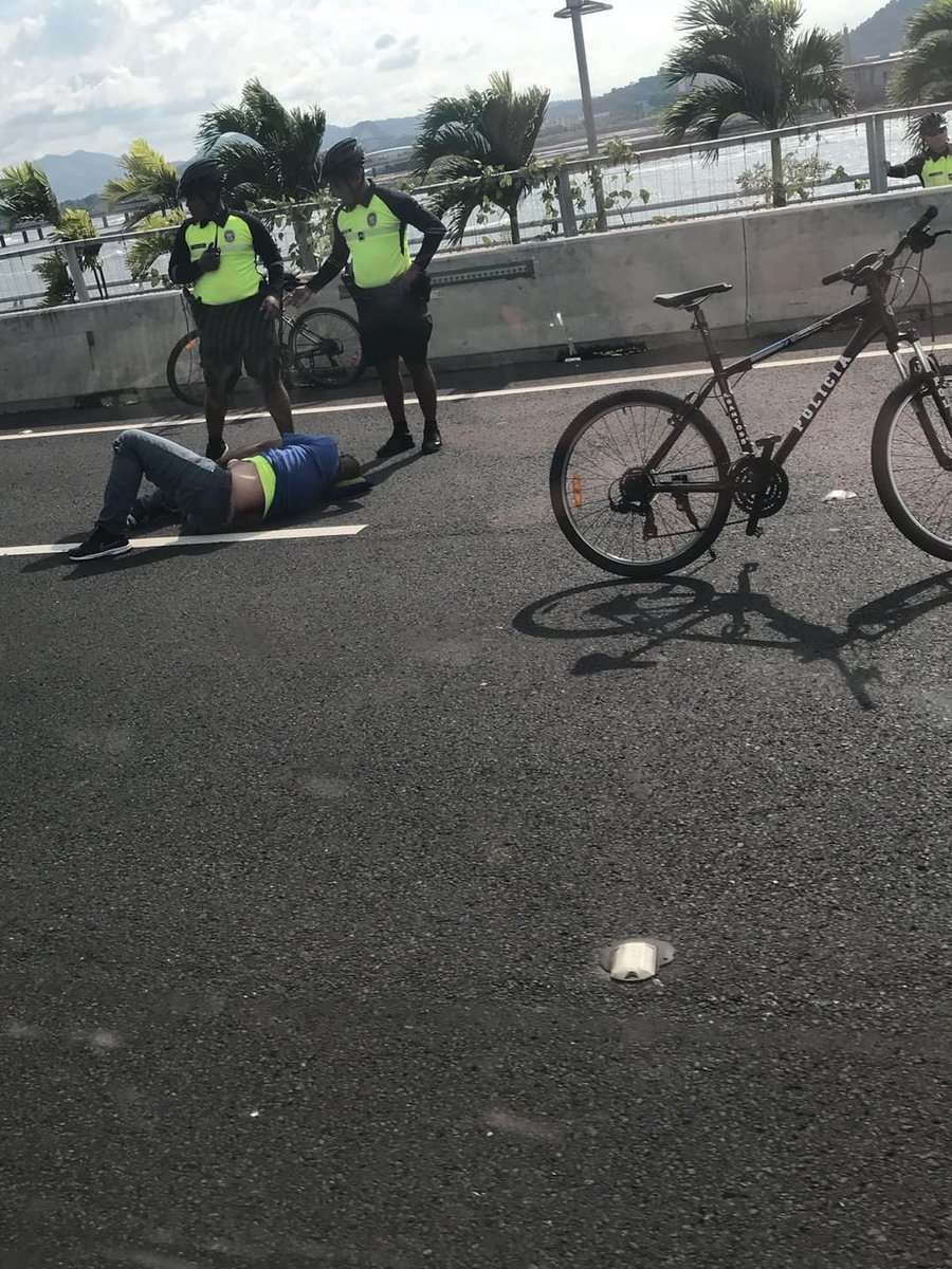 Motorizado herido. Foto/@TraficoCPanama