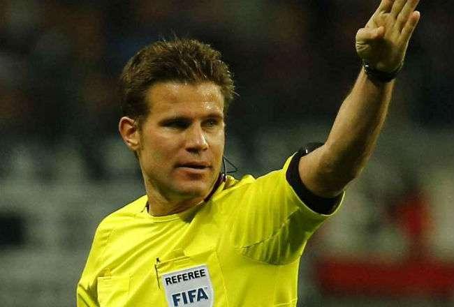 El árbitro alemán Felix Brich.