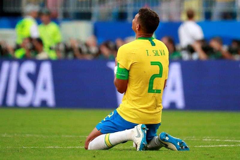 Thiago Silva sueña con levantar la Copa del Mundo en Rusia, un país donde estuvo cerca de perder la vida. Foto EFE