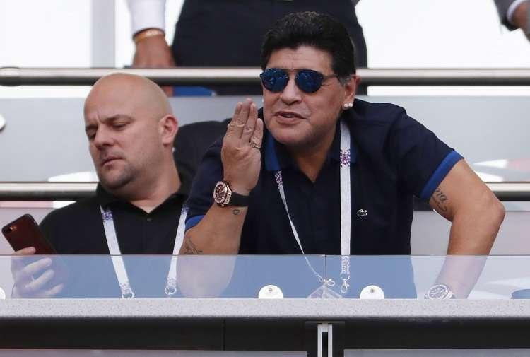 Diego Maradona también habló de la mafia que existe alrededor del fútbol. Foto: AP