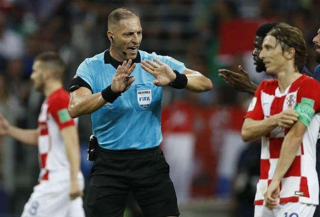 El árbitro argentino Nestor Pitana. Foto: AP