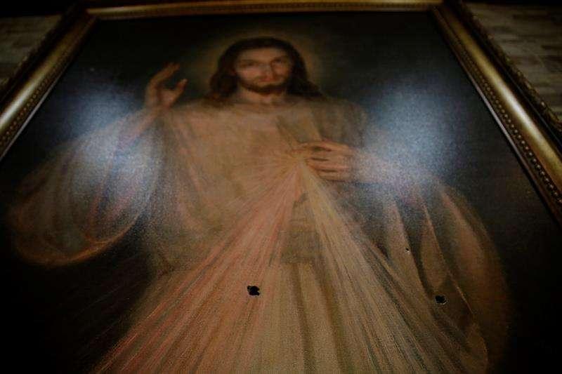 La imagen de Jesús que recibió impactos de bala en la capilla Divina Misericordia, en Managua (Nicaragua)