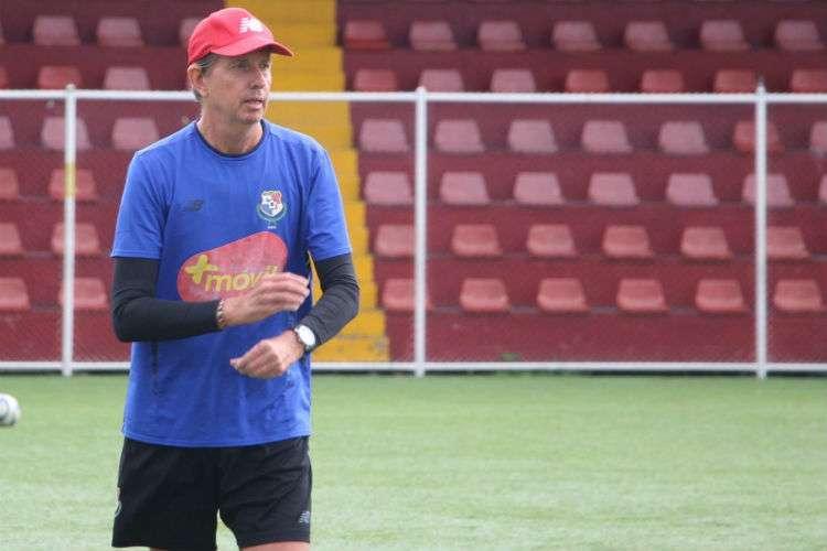 Gary Stempel nuevamente al frente de la Selección Mayor de Fútbol de Panamá. Foto: Fepafut