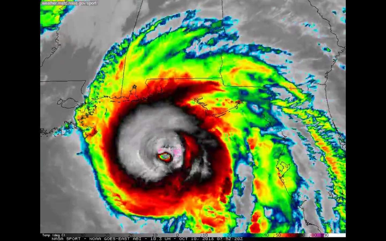 """Por el momento Los vientos sostenidos máximos están a 150 mph. presión abajo a 923 MB (27,26 """"). (@NOAA Goes-East onda imágenes IR). Captura de video: Nasa_SPoRT"""