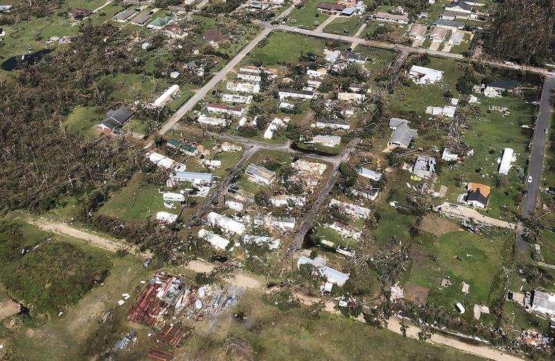 Registro aéreo de los destrozos causados por el paso del huracán Michael por la localidad de México Beach (Florida, EE.UU.). EFEJames E. Wyatt  Customs And Border Protection