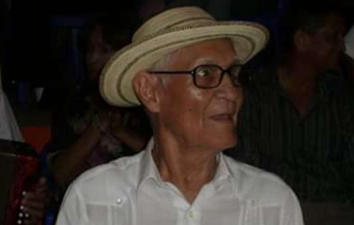Como parte de su hoja de vida se destaca que el reconocido 'Compa Chelo', laboró como locutor del Conjunto Orgullo Santeño de Dorindo Cárdenas, durante 15 años.