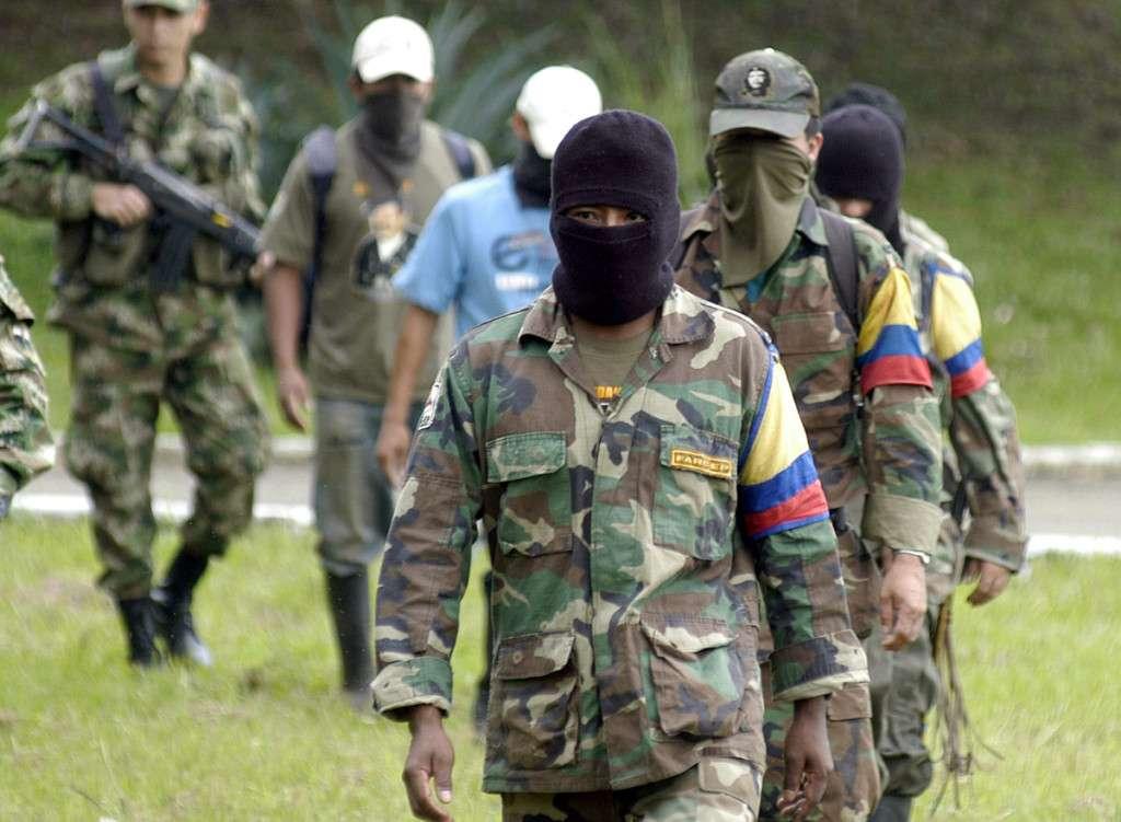 Guerrilleros de las FARC en Colombia. Foto: AP