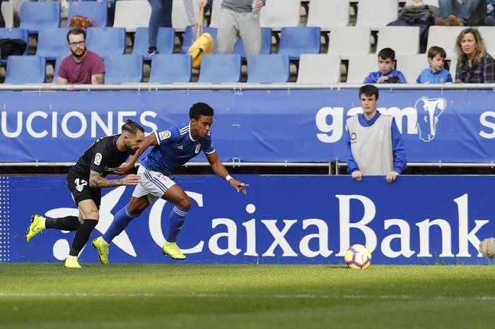 Édgar Yoel Bárcenas está dando la talla en la Segunda División del fútbol español. /Foto: Real Oviedo