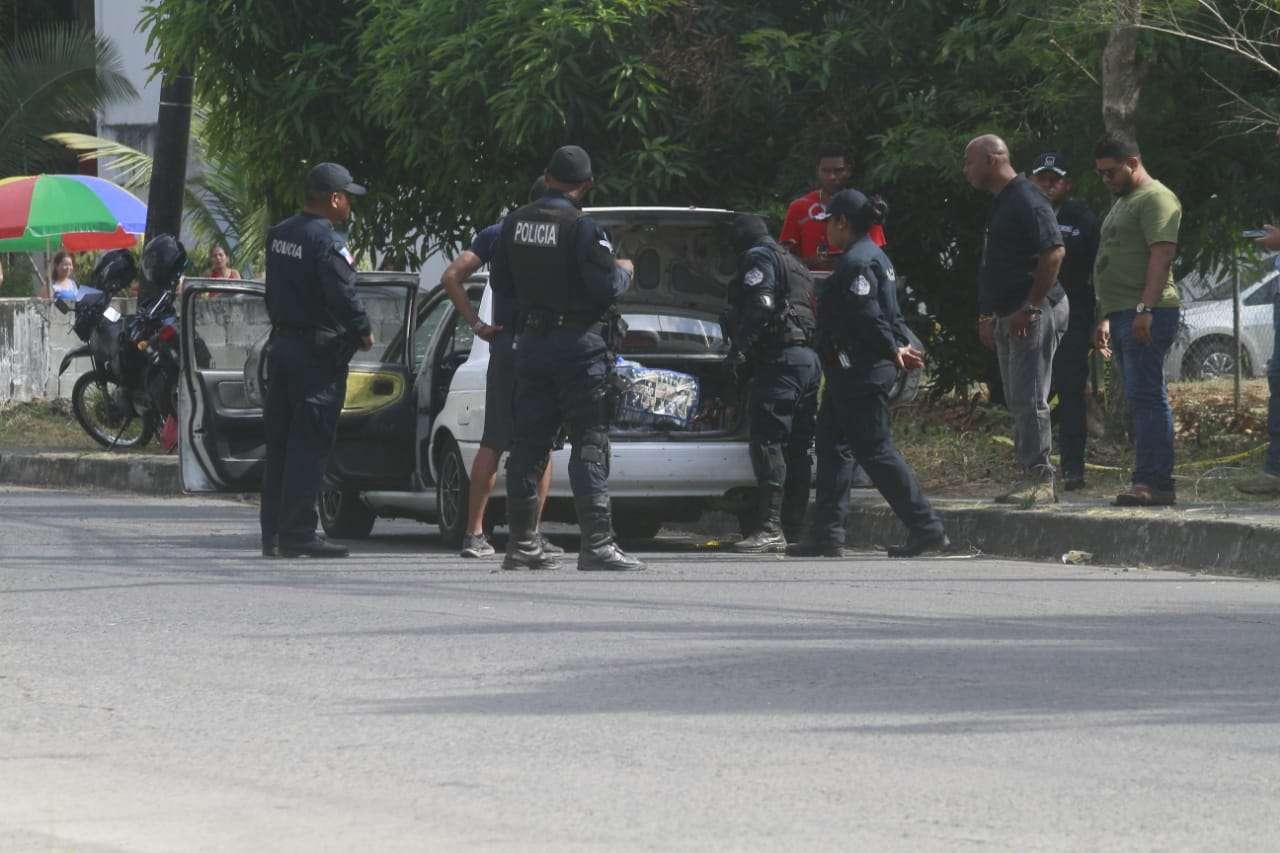 La policía ubicó dos sospechosos relacionados al delito investigado. Foto: Edwrads Santos