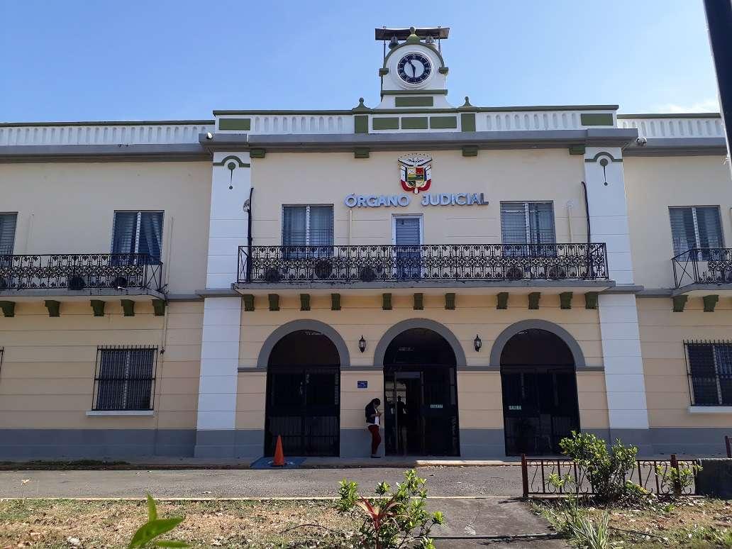 Vista exterior de la sede del Órgano Judicial de Chiriquí. Foto: José Väsquez