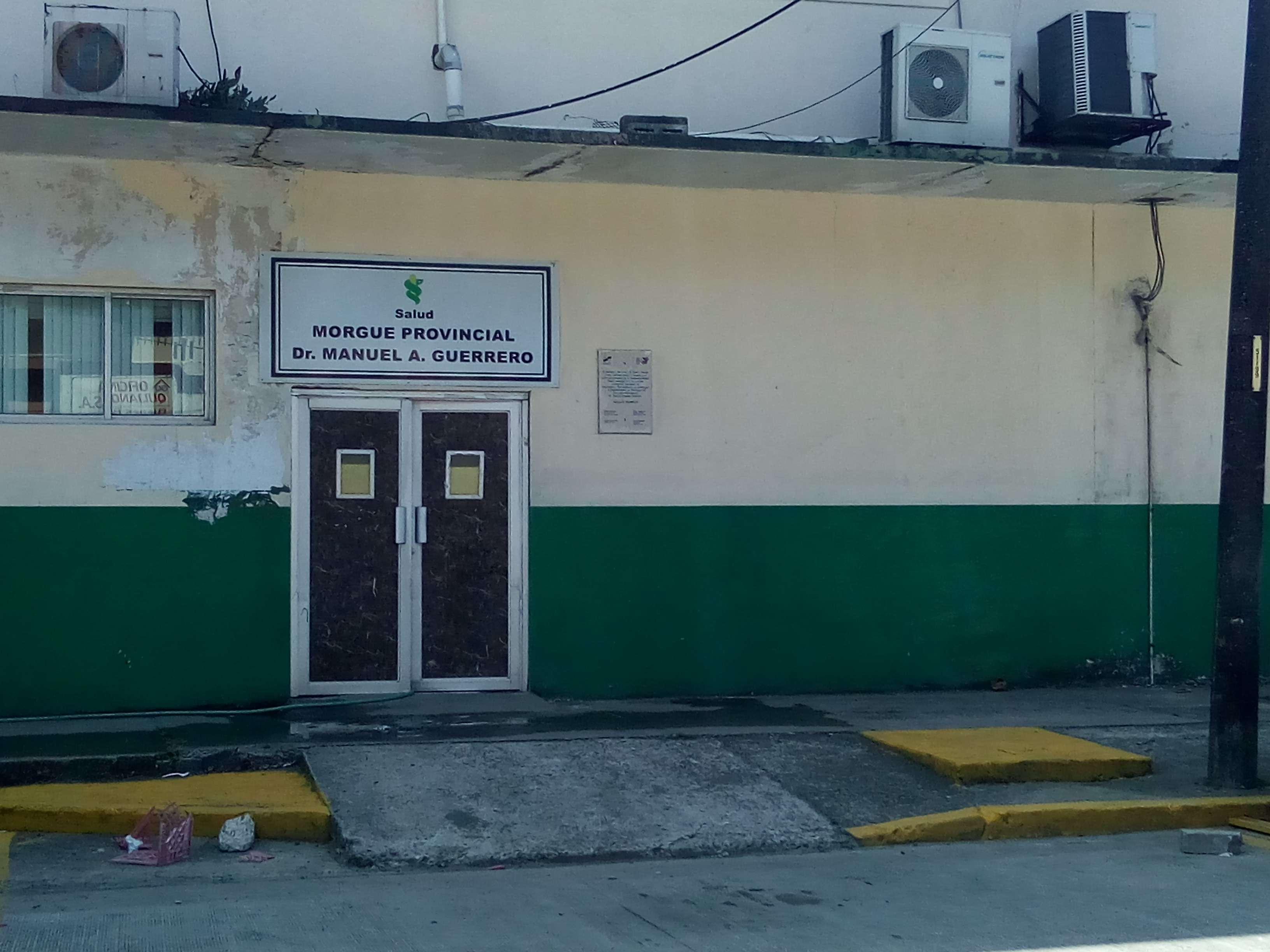 Instalaciones de la morgue judicial de Colón. Foto: Diómedes Sánchez