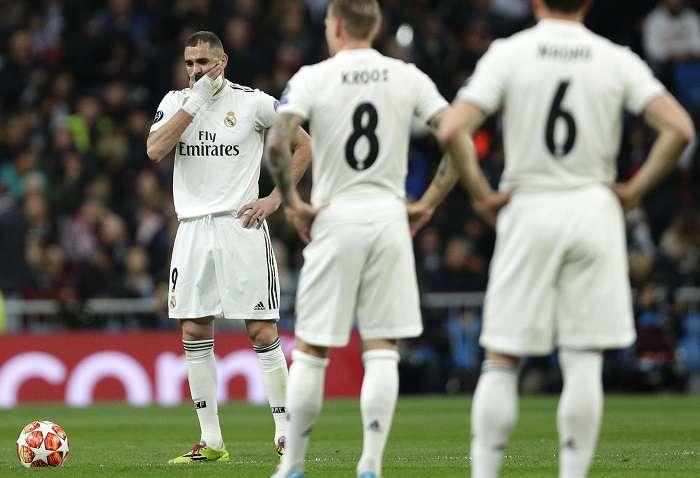 El rostro de decepción de Karim Benzema. /EFE