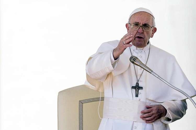 El papa Francisco preside la audiencia general de los miércoles en la plaza de San Pedro en el Vaticano. Foto: EFE