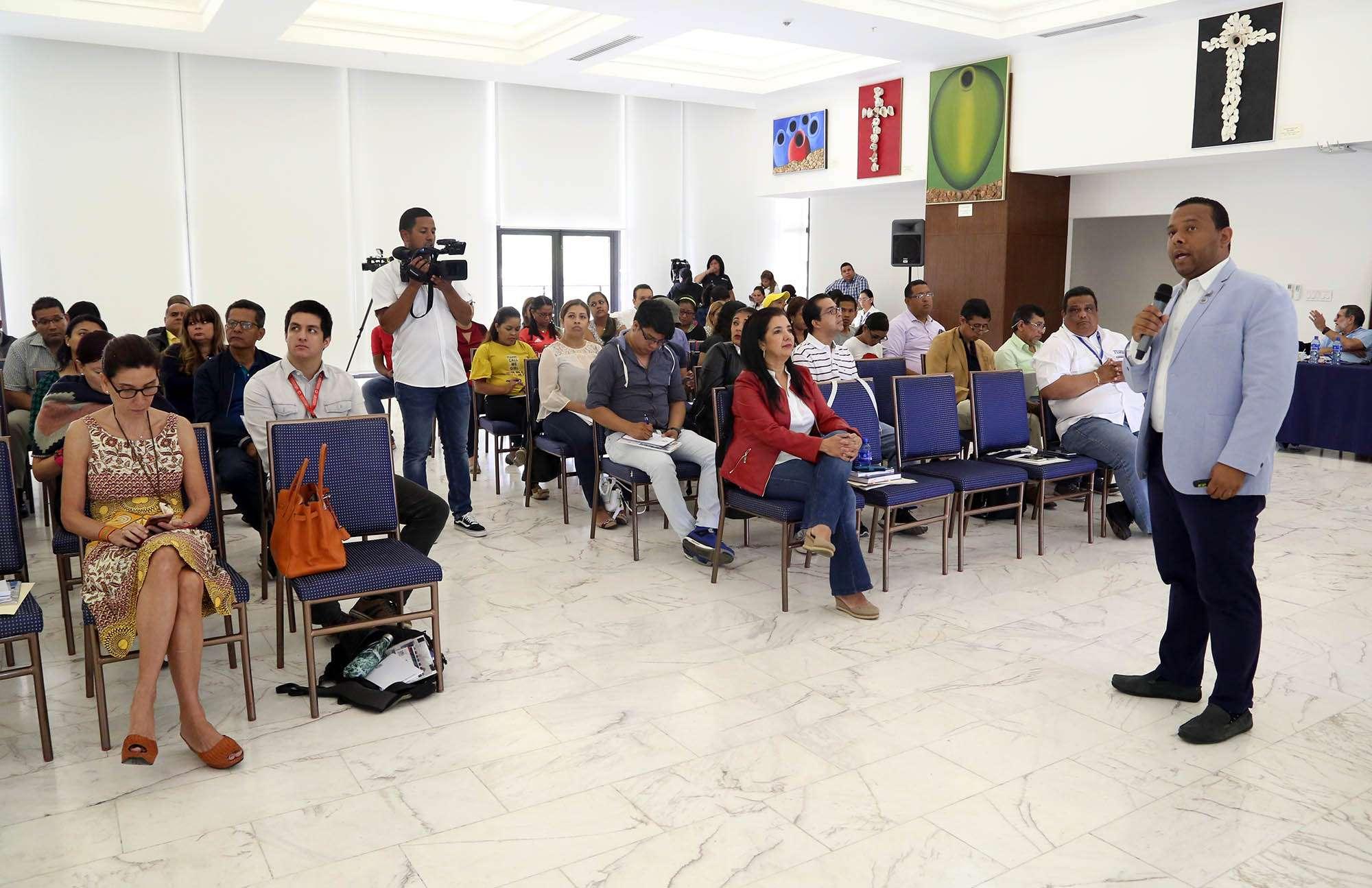 """Periodistas en seminario de """"Actualización Electoral"""" del Tribunal Electoral"""