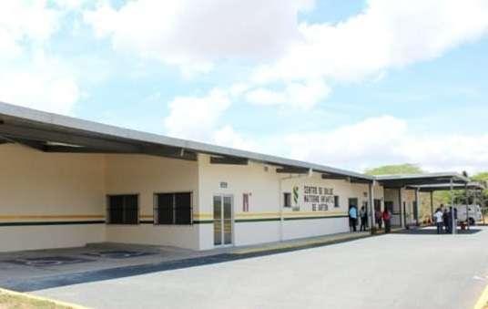 Vista externa del Centro de Salud de Antón. Foto: CocleTrafico