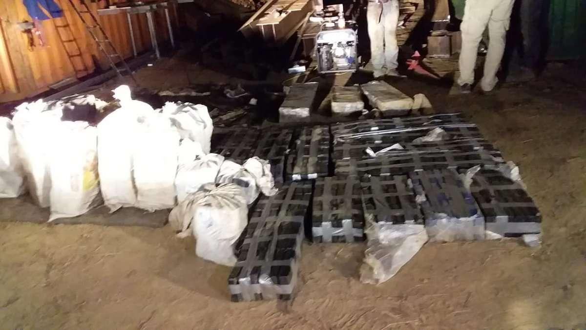 Los paquetes de droga iban dentro de sacos. Foto: @PGN_PANAMA