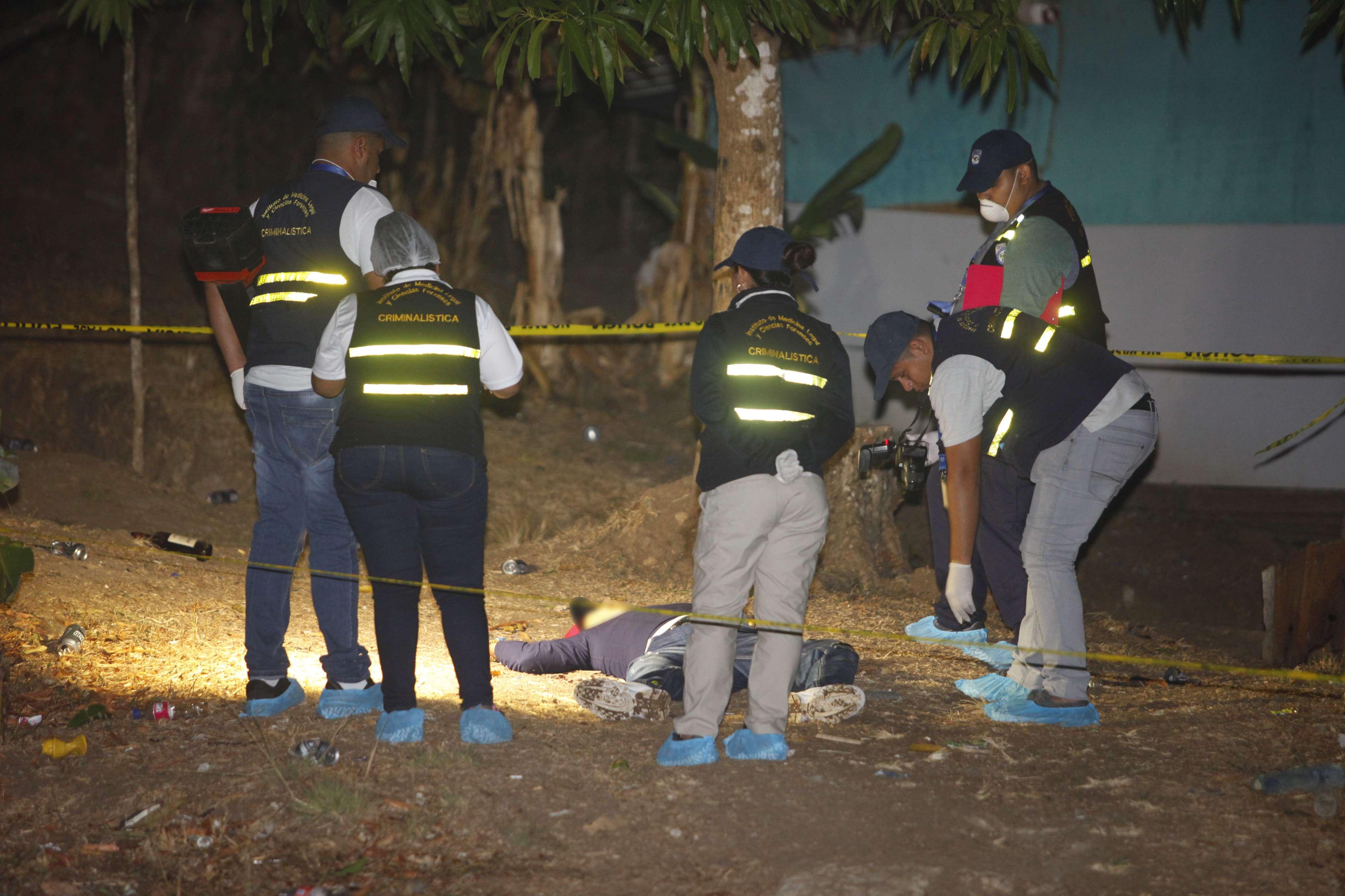 Hombre murió de varias puñaladas en Villa Cárdenas. Foto/ Alexander Santamaria
