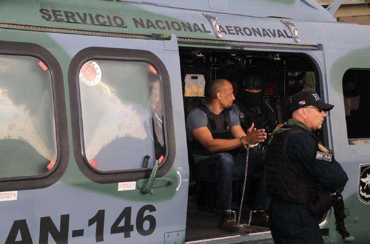 Una mujer también fue aprehendida junto a Juan Vicente Blandford. Foto: Cortesía