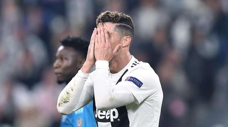Cristiano Ronaldo de Juventus al final del partido de vuelta por los cuartos de final de la Liga de Campeones. Foto: EFE