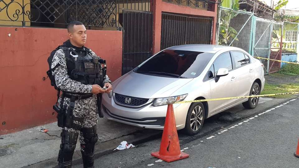 Vehículo utilizado para cometer el atentado en Paraíso. Foto: Edwards Santos
