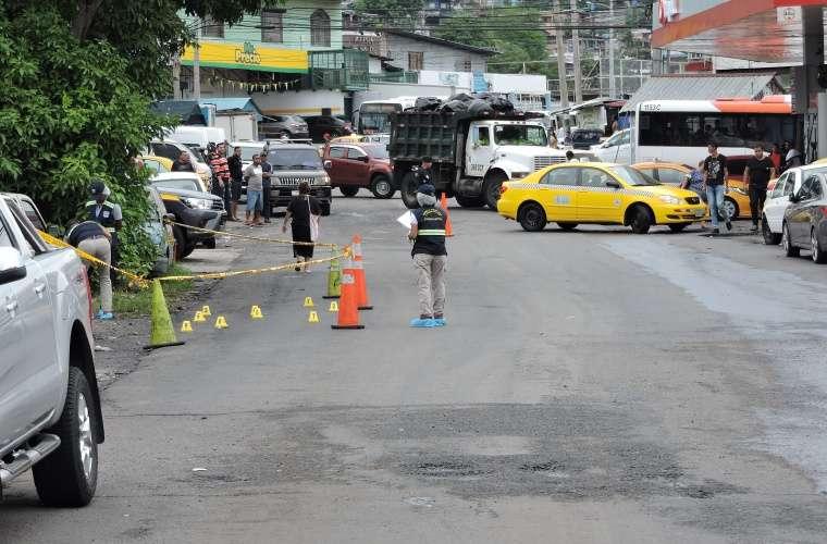 Escena donde balearon al menor de edad en Cerro Batea. Foto: Landro Ortiz