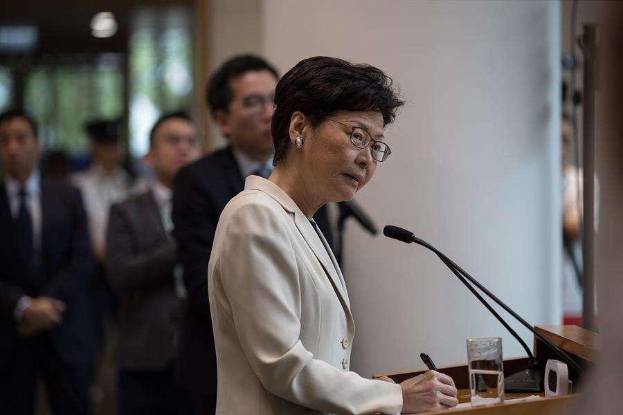 En la imagen aparece la jefa de Gobierno de Hong Kong, Carrie Lam. EFE
