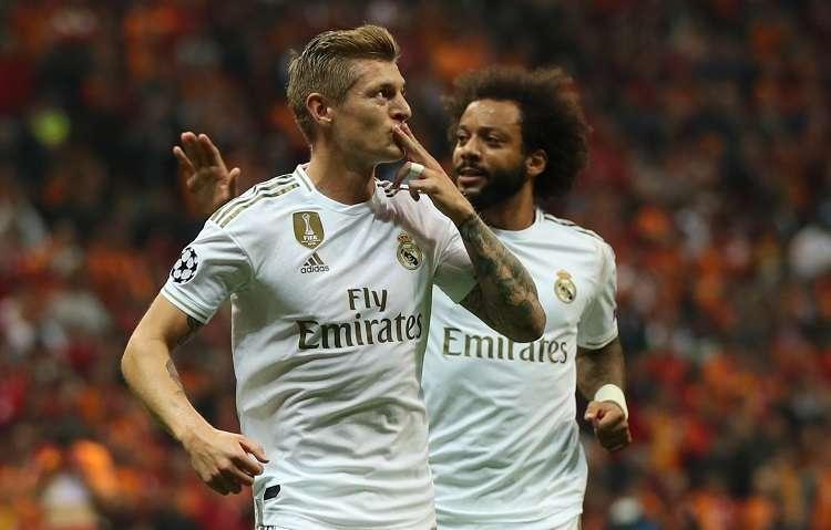 Toni Kroos celebra su gol ante el  Galatasaray. Foto: EFE