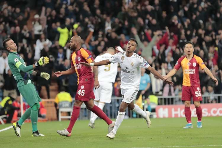 Rodrygo celebra su gol ante el Galatasaray. Foto: AP