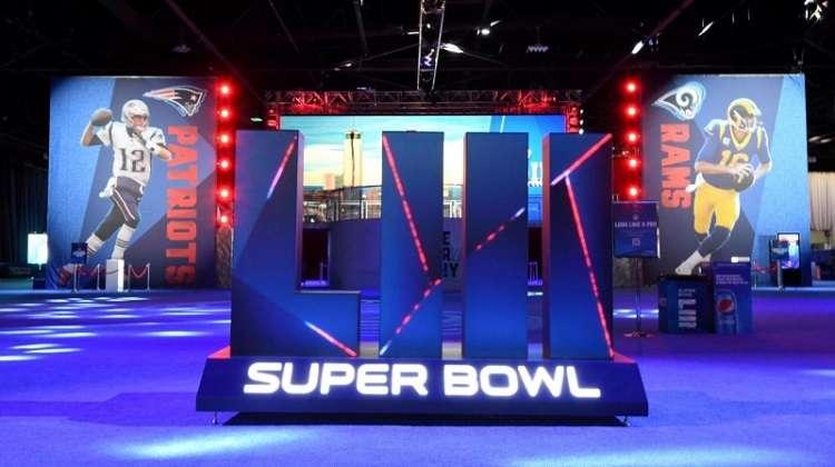 El Super Bowl se jugará en el estadio Hard Rock el 2 de febrero.