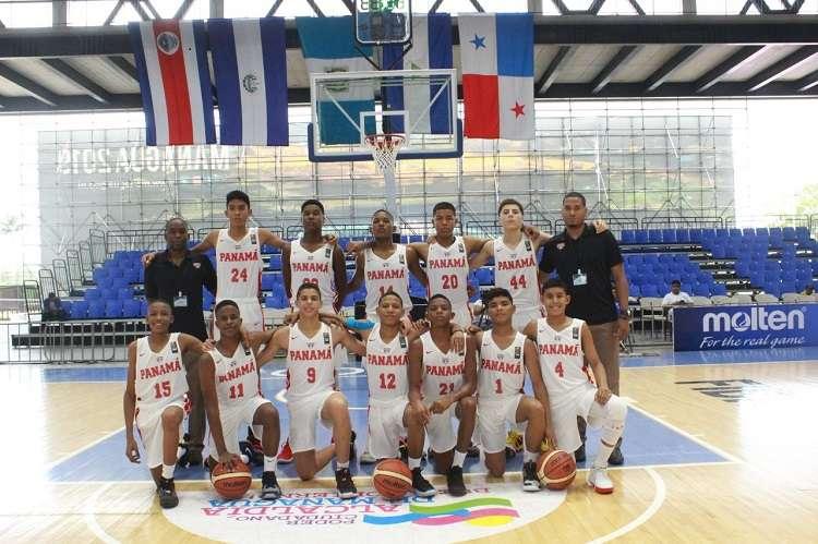 El equipo panameño venció 92 a 47 a El Salvador. Foto: Fepaba