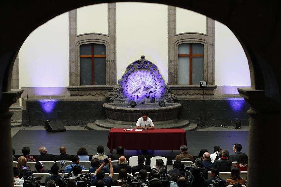 El expresidente de Bolivia Evo Morales ofrece una rueda de prensa este miércoles en Ciudad de México (México). EFE