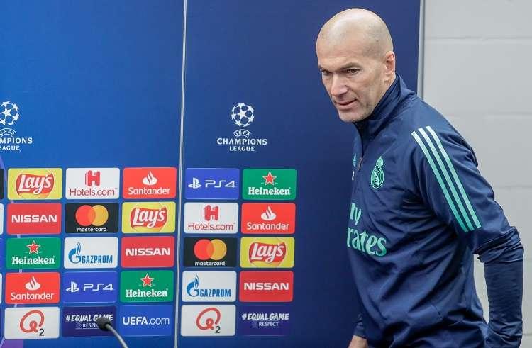 Zinedine Zidane durante la rueda de prensa. Foto:EFE