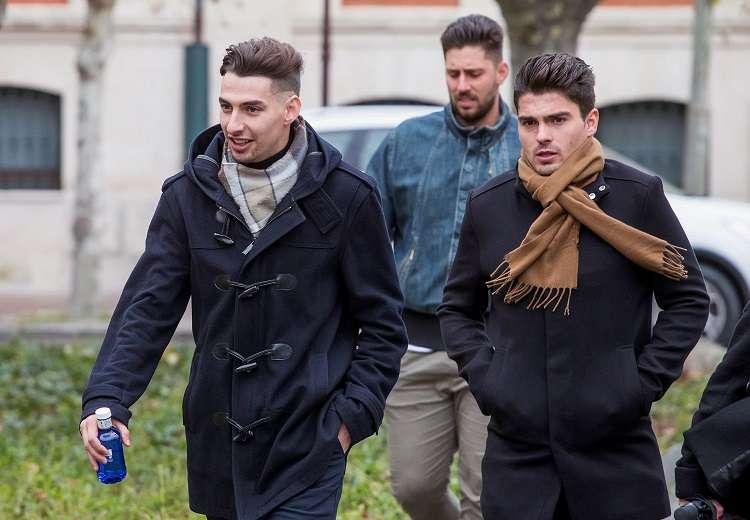 Victor Rodríguez (c), Carlos Cuadrado (i) y Raúl Calvo (d), exjugadores de la Arandina. Foto: EFE