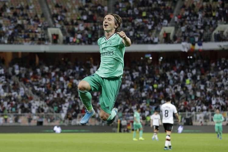 Luka Modric celebra su anotación. Foto: EFE
