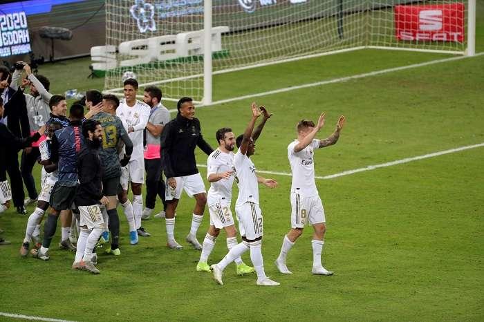 Los jugadores del Real Madrid festejan. /EFE