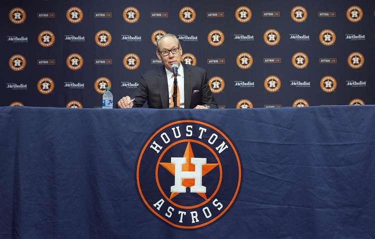 l mánager de los Astros A.J. Hinch. Foto: EFE