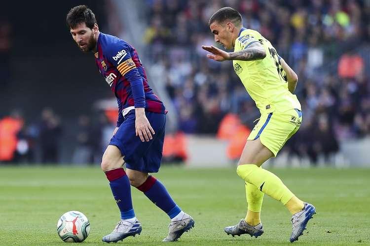 Lionel Messi domina el balón. Foto: AP