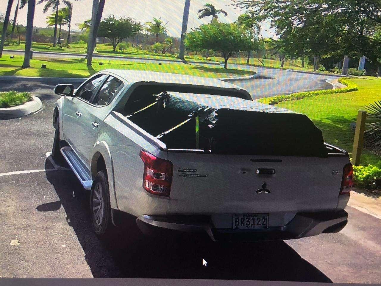 Este es el vehículo de Denzel Jardine al salir en fuga del proyecto Punta Caelo