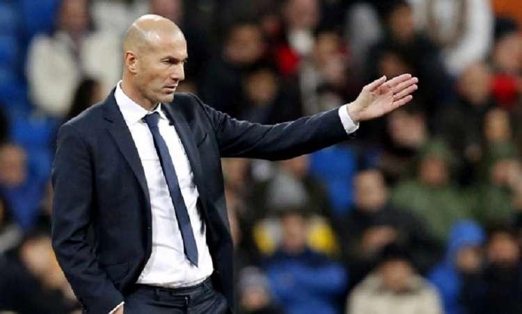 El entrenador del Real Madrid, Zinedine Zidane. Foto: EFE