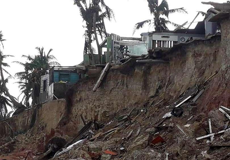 Bares y restaurantes destruidos tras el paso del huracán Iota hoy, jueves en Puerto Cabezas en Nicaragua. EFE